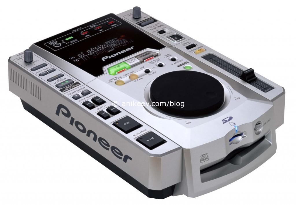 Очередной фейл пионера: DJM-555 - первая поддержка mp3 и SD-карт